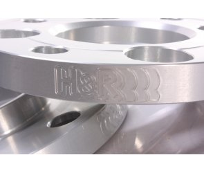 H/&R Spurverbreiterung 20mm silber für Tesla Model 3